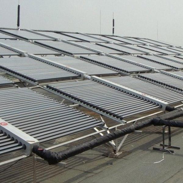太阳能—土壤源复合热泵系统